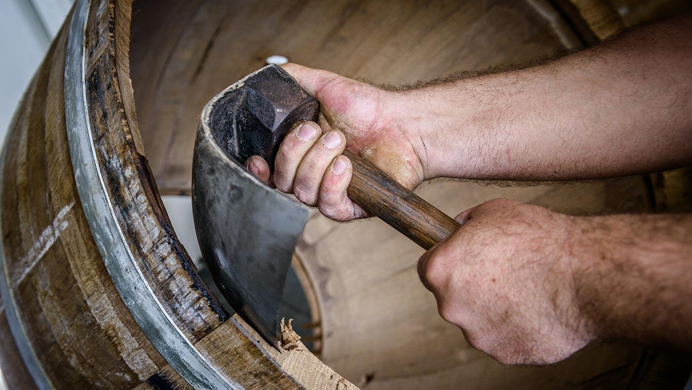 Fabrication des fûts de chêne du Limousin